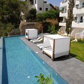 Ferrera Beach Apartments Picture 3