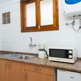 Strelitzias Apartments Picture 7