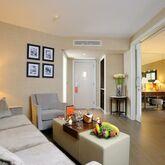 Elegance Hotel International Picture 3