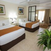 Comfort Suites Paradise Island Hotel Picture 2