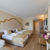 Side Premium Hotel Picture 3