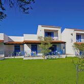 Blue Garden Apartments Picture 5