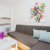 Los Tulipanes Apartments Picture 5