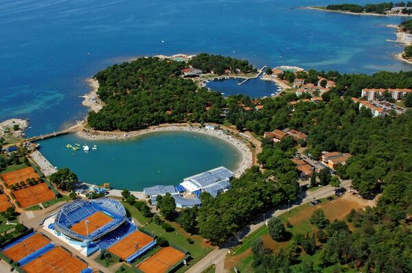 Holidays at Sol Stella Apartments in Umag, Croatia