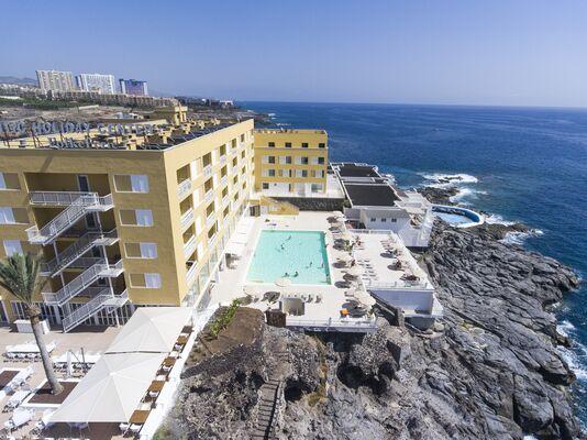 Holidays at Atlantic Holiday Center in Callao Salvaje, Tenerife