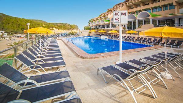 Holidays at Club Cartago Hotel in Puerto San Miguel, Ibiza