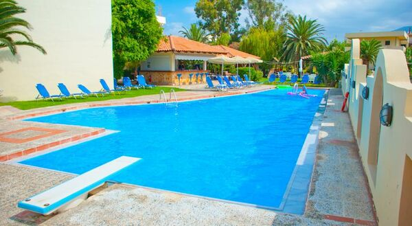 Holidays at Apollo Hotel in Kavros, Crete