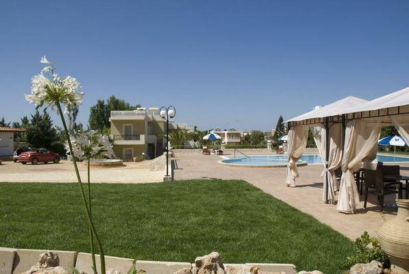 Holidays at Ran Mari Apartments in Malia, Crete