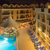 Club Karakas Apartments Picture 10