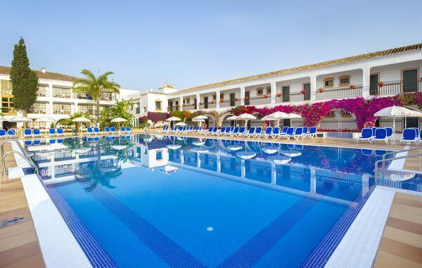 Holidays at Globales Cortijo Blanco Hotel in San Pedro de Alcantara, Puerto Banus