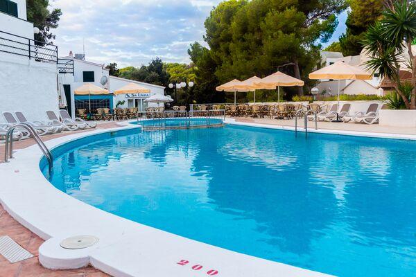 Holidays at Alta Galdana Apartments in Cala Galdana, Menorca