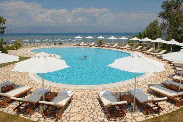 Holidays at Chrismos Luxury Suites and Studios in Apraos Bay, Kassiopi