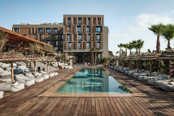 Holidays at Oku Ibiza in San Antonio, Ibiza