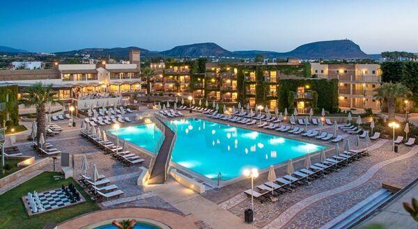 Holidays at Bella Beach Hotel in Anissaras, Hersonissos