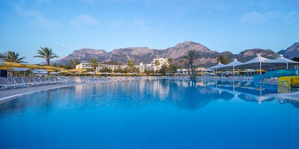 Holidays at Mirage Park Resort in Goynuk, Kemer