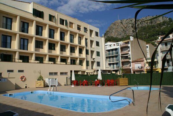 Holidays at Medes II Hotel in Estartit, Costa Brava