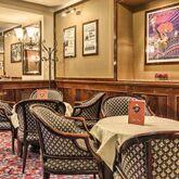 Adi Doria Grand Hotel Picture 4