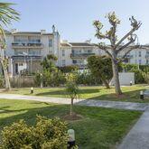 Flora Apartments Picture 19