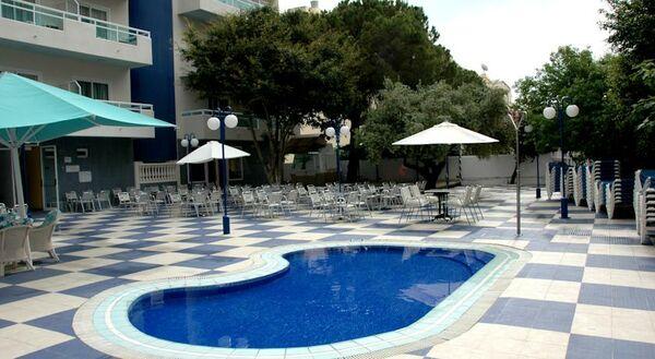 Holidays at Santa Monica Playa Hotel in Salou, Costa Dorada