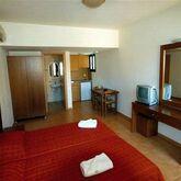 Dia Apartments Picture 3