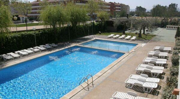 Holidays at Miami Estartit Apartments in Estartit, Costa Brava