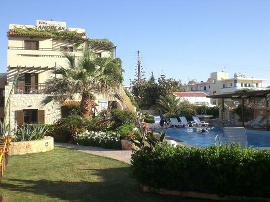 Holidays at Andreas Apartments in Kato Gouves, Chania