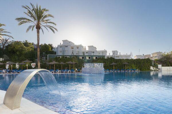 Holidays at Hotel Palia Las Palomas in Torremolinos, Costa del Sol