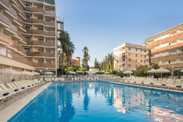 Holidays at H Top Royal Beach Hotel in Lloret de Mar, Costa Brava