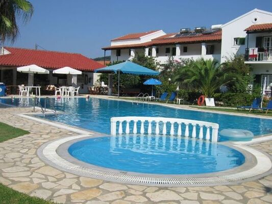 Holidays at Takis and Efi Apartments in Sidari, Corfu