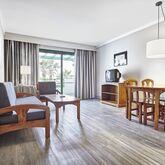 HG Lomo Blanco Apartments Picture 11