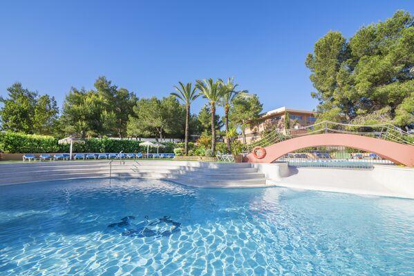Holidays at Azuline Mar Amantis I & II Hotel in San Antonio Bay, Ibiza