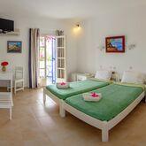 Rivari Hotel & Studios Picture 4