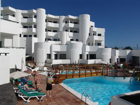 Holidays at Las Colinas Apartments in Costa Teguise, Lanzarote