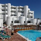Las Colinas Apartments Picture 0