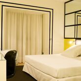 Room Mate Lola Hotel Picture 4
