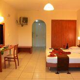 Belussi Beach Hotel Picture 4