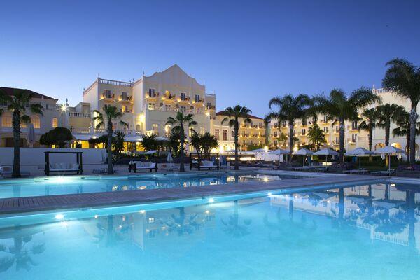 Holidays at Lake Resort Hotel in Vilamoura, Algarve