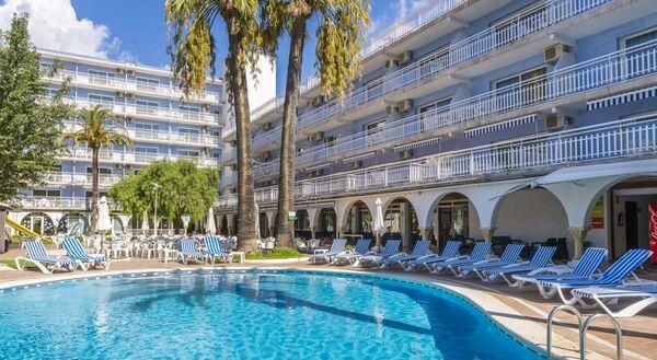 Holidays at Solimar Aparthotel in Calafell, Costa Dorada