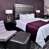 Clarion Inn and Suites Orlando Universal Picture 4