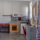 Family House Apartments Picture 4