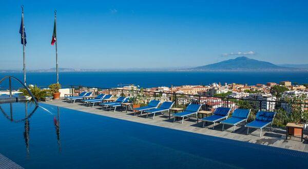 Holidays at Hilton Sorrento Palace Hotel in Sorrento, Neapolitan Riviera