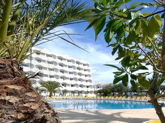 Holidays at Vila Gale Atlantico Hotel in Gale, Algarve
