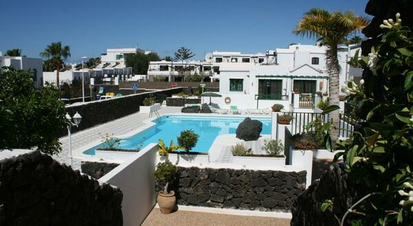 Holidays at Las Acacias Apartments in Puerto del Carmen, Lanzarote