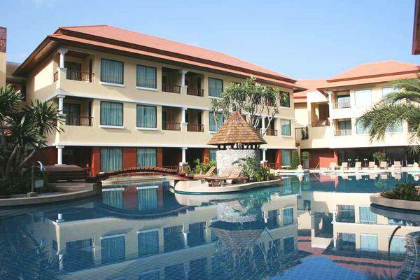 Holidays at Patong Paragon Hotel in Phuket Patong Beach, Phuket
